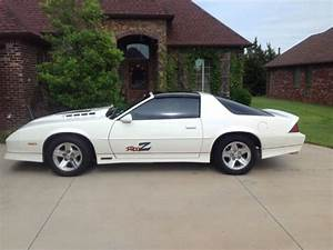 Chevrolet Camaro Hatchback 1989 Custom White With Black   U0026 American Ghost Flag For Sale