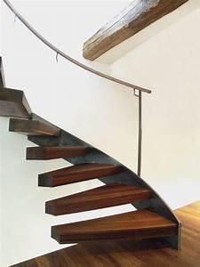 Stahl Holz Treppe : holztreppen treppen aus holz und stahl spitzbart treppen ~ Markanthonyermac.com Haus und Dekorationen