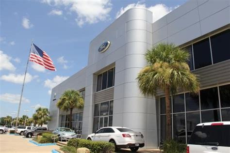 Joe Myers Ford car dealership in Houston, TX 77040