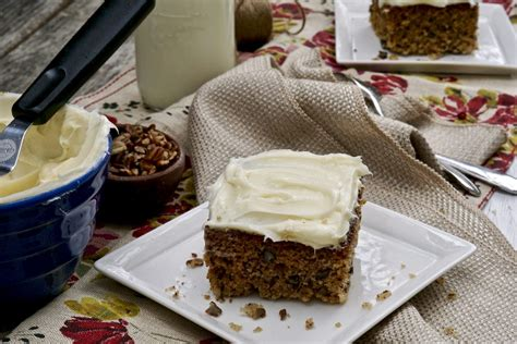 hummingbird sheet cake    favorite cake  springtime