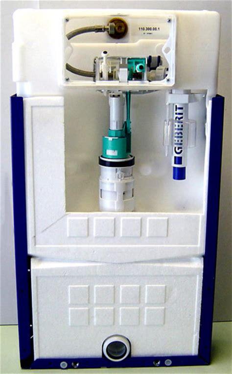 toilette wasser läuft toilette abfluss undicht sp lkasten der toilette ist undicht das k nnen sie tun wc sp