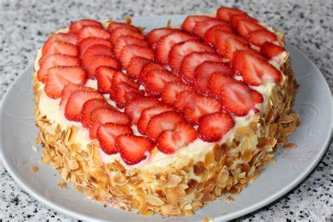 jeux de aux fraises cuisine gateaux gâteau fraises gâteau aux fraises recette gâteau aux fraises coeur aux fraises