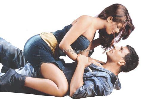 Priyanka Chopra Akshay Kumar Hot Cosy Pose A Photo On
