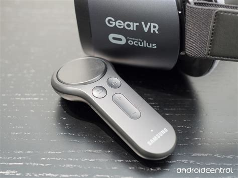 gear vr note 4 on with samsung 39 s new gear vr controller so much