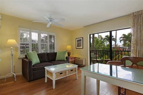 sanibel inn updated  prices resort reviews