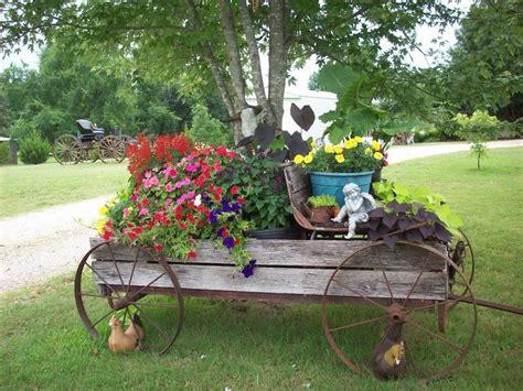 Rusty Arbor Google Search Backyard Garden Wagon