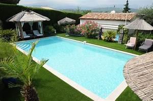 pose d39un gazon synthetique autour d39une piscine le With gazon synthetique autour d une piscine