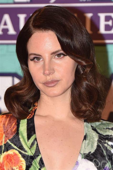 Lana Del Rey Wavy Medium Brown Retro Hairstyle Steal Her