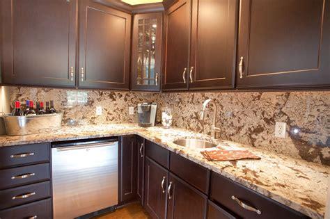 how to install kitchen backsplash glass tile best 20 kitchen countertops and backsplash ideas