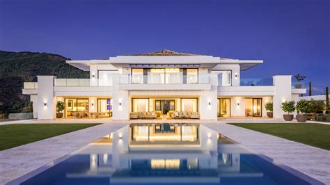 exclusive heaven   luxury contemporary villa