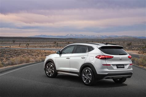 Hyundai Tucson 2019 by 2019 Hyundai Tucson Revealed A Week After The 2018 Sport