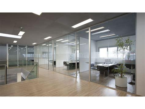 cloison de bureau amovible agencement de bureaux devis gratuit fournisseur