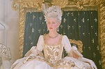 THE STORY OF A FASHION ICON: LEGENDARY MARIE-ANTOINETTE ...
