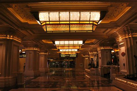 stunning las vegas resort lobbies
