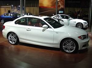 Bmw 135i Coupe : bmw 135i coupe in alpine white with red coral interior ~ Melissatoandfro.com Idées de Décoration
