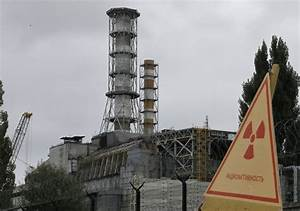 Chernobyl nuclear power plant - explosion video ...