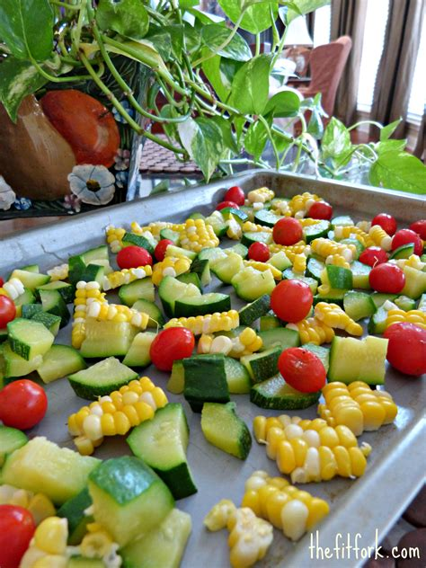 how to blanch vegetables bumper crop boogie how to blanch and freeze summer vegetables thefitfork com