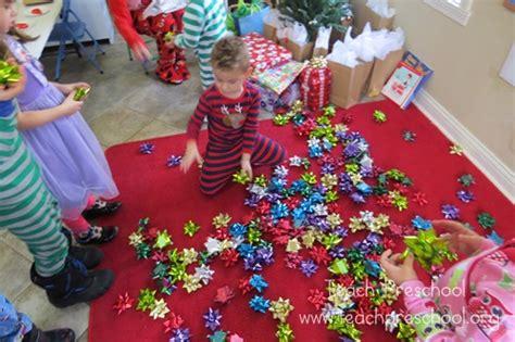 simple gift bow game  preschoolers teach preschool