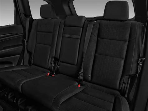 jeep grand cherokee laredo interior 2017 image 2017 jeep grand cherokee laredo 4x2 rear seats