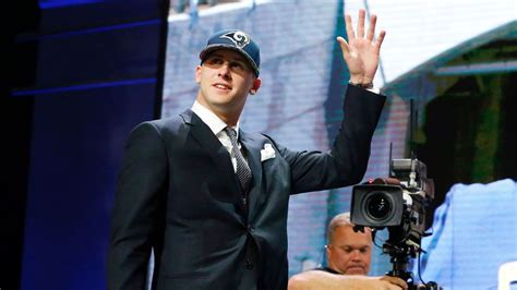 los angeles rams select jared goff     pick