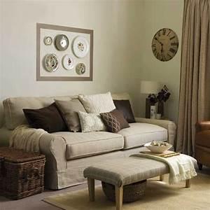 Wanddeko Ideen Wohnzimmer : wanddeko mit tellern bunte ideen und einem hauch von vintage ~ Markanthonyermac.com Haus und Dekorationen