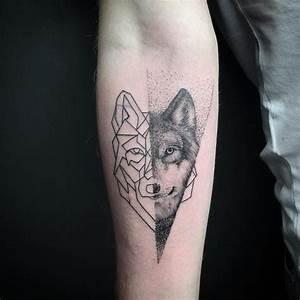 Signification Animaux Tatouage : signification tatouage art corporel motifs animaux dessin loup aux lignes g om triques ~ Dode.kayakingforconservation.com Idées de Décoration