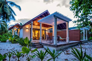 design your own bathroom furaveri island resort and spa maldives com