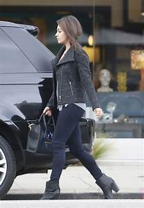 mila kunis style in at the supermarket in