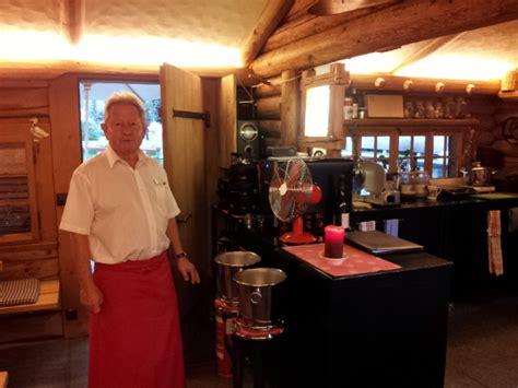 restaurant le petit chalet vacances d 233 t 233 en suisse gstaad en famille