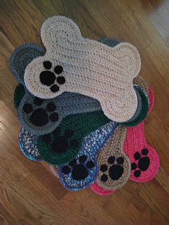 ravelry dog bone floor placemat pattern  daccrochet