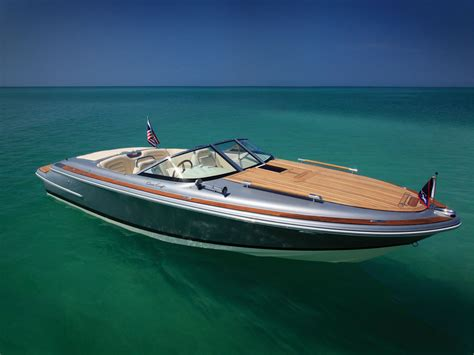 Chris Craft Boats by Chris Craft Cruisr One Of The Most Beautiful Boats
