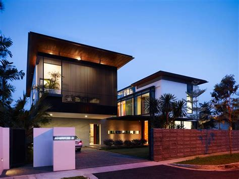 Modern Minimalist Fence For Luxury Home