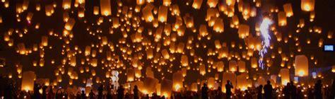 Lanterne Di Carta Volanti by Festa Dei Con Le Lanterne Luminose Iniziativa Della