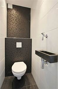 Aménager Petite Salle De Bain : jolie salle de bain avec carrelage noir pour les murs ~ Melissatoandfro.com Idées de Décoration