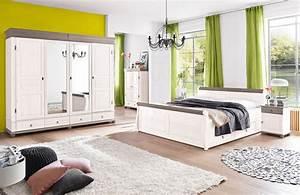Landhaus Schlafzimmer Komplett Massiv : schlafzimmer landhausstil wei ~ Bigdaddyawards.com Haus und Dekorationen