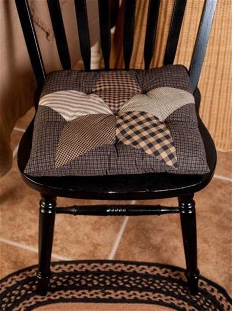 new country primitive black farmhouse quilted