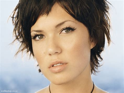 Mandy Moore's 'glamour' Interview