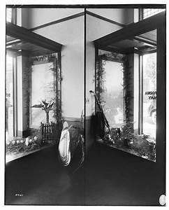 Edison Company Display Windows, Hollywood Office G. Haven ...
