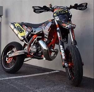 Supermotard 125 2t : ktm 300 2 stroke supermotard motorcycles pinterest nice and ktm 300 ~ Medecine-chirurgie-esthetiques.com Avis de Voitures