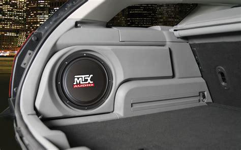 Dodge Magnum 2005-2008 ThunderForm Custom Subwoofer ...