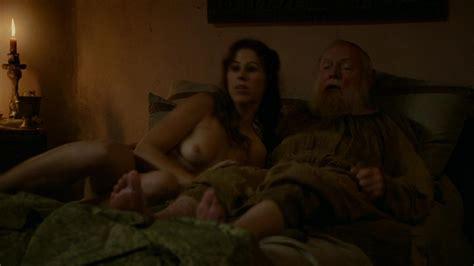 Maisie Dee Nue Dans Game Of Thrones