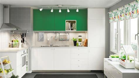 luminaire plafond cuisine quel luminaire choisir pour l 39 éclairage de ma cuisine
