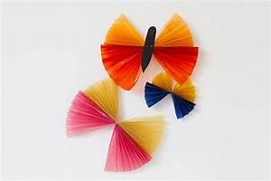 Schmetterlinge Aus Tonpapier Basteln : schmetterling basteln kribbelbunt ~ Orissabook.com Haus und Dekorationen