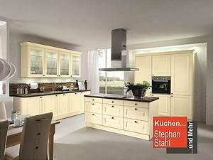 Magnolia Farbe Küche : h cker musterk che landhausk che magnolia ~ Michelbontemps.com Haus und Dekorationen