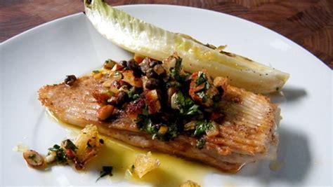 cuisiner l aile de raie aile de raie sauce au et citron confit