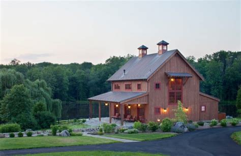 barn like homes beautiful houses that look like barns to be amazed by decohoms