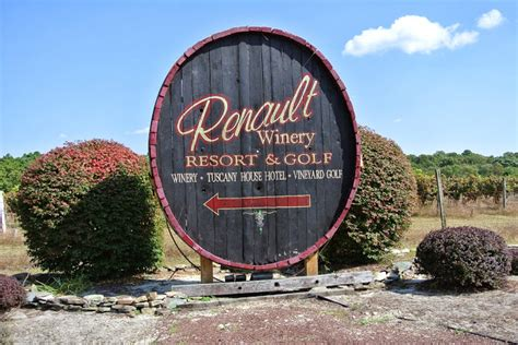Renault Winery Events by Everyday Is A New Day Renault Winery Quot Stomping The Grapes Quot