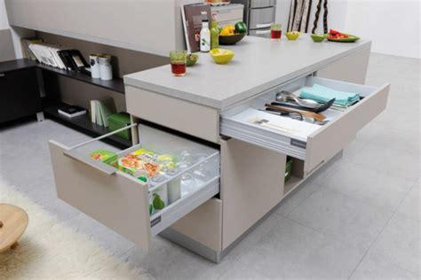 table coulissante cuisine rangement tiroirs cuisine tiroir hauteur pour