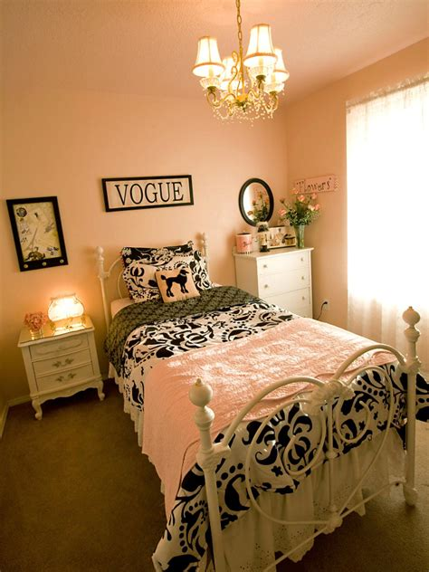 French Themed Girls' Bedrooms  F Hgtv
