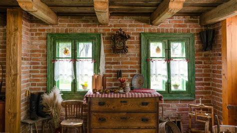 tavernetta rustica in pietra